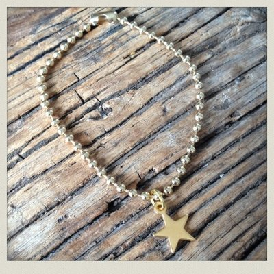 Golden ball chain bracelet star