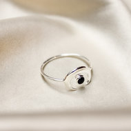 Ariel ring ☽ young moon onyx silver